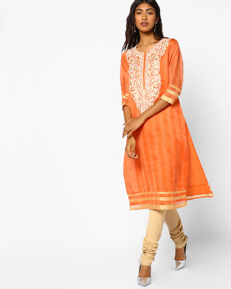 Striped Kurta With Floral Embroidery By Melange By Lifestyle ( Peach )