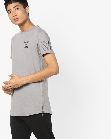 Crew-Neck T-shirt With Typographic Print By AJIO ( Lightgrey )