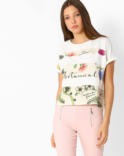 Printed Top With Extended Sleeves By RIO ( White )