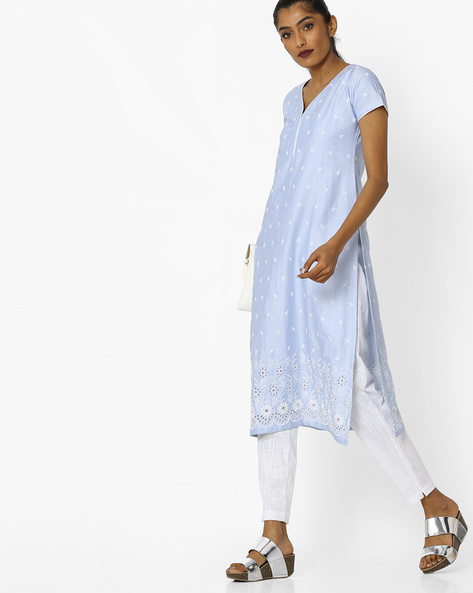 Straight Kurta With Floral Embroidery By KIMONO ( Lightblue )