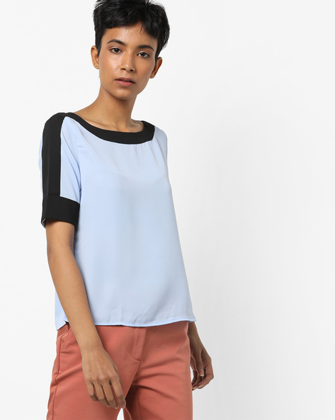 Boat-Neck Top With Contrast Panel By AJIO ( Blue )