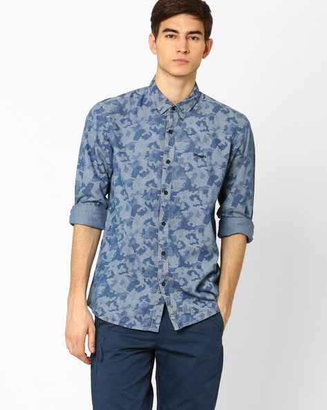 Camouflage Print Slim Fit Denim Shirt By WRANGLER ( Blue )