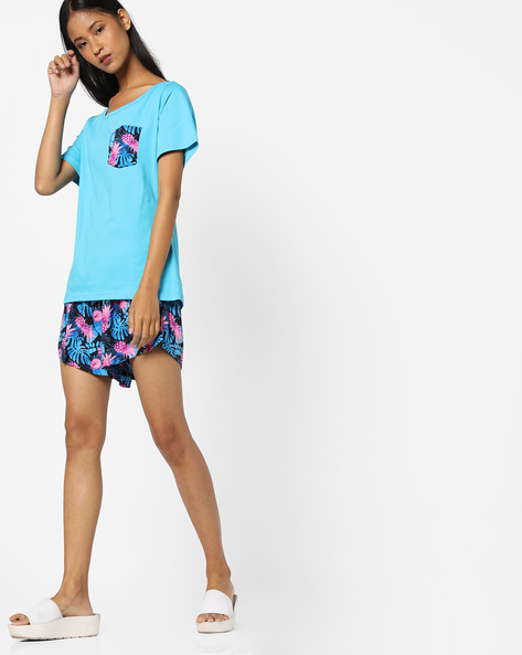T-shirt With Printed Shorts Lounge Set By Heart 2 Heart ( Blue )