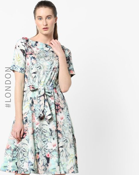 Tropical Print A-line Dress With Tie-Up By Closet London ( Multi )