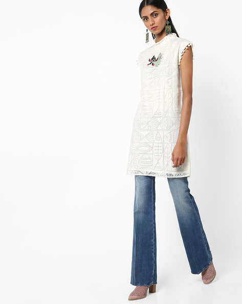 Embroidered Tunic With Roll-Up Collar By AJIO ( White )