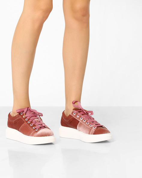 Platform Velvet Sneakers By Tresmode ( Pink )