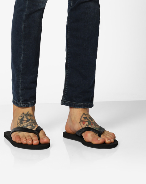 Thong-Style Flip-Flops By UNITED COLORS OF BENETTON ( Black )