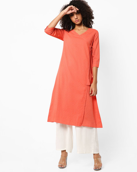 Angrakha Kurta With Tie-Up By AJIO ( Coral )