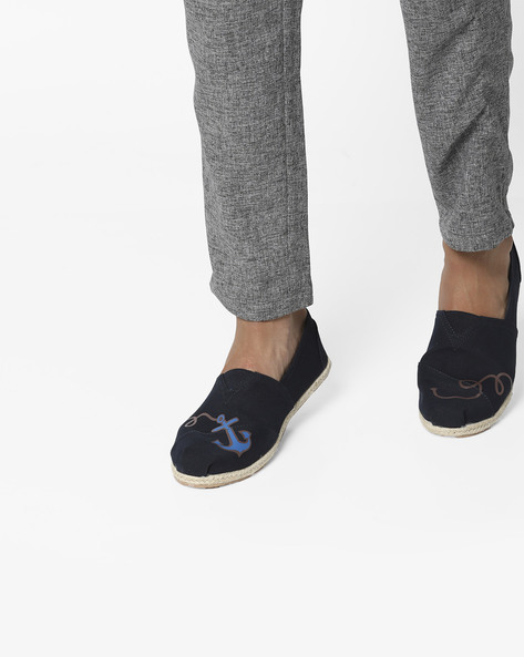 Graphic Print Panelled Espadrilles By AJIO ( Navy )
