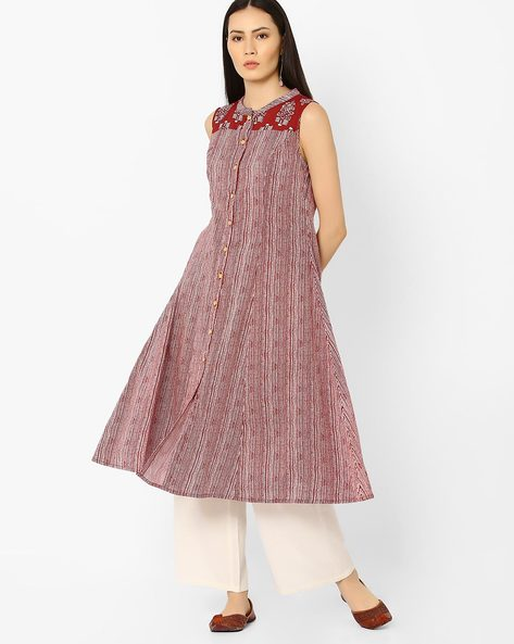 Printed A-line Kurta With Button Placket By AJIO ( Maroon )