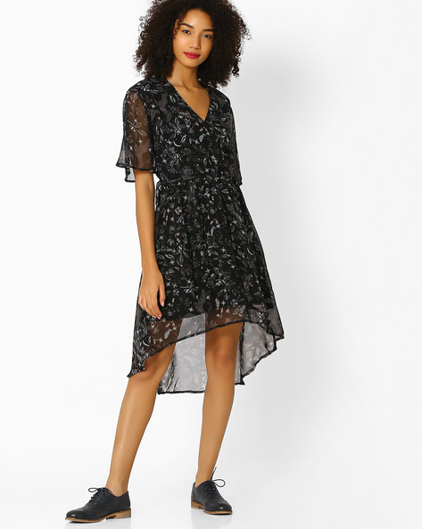 Printed V-neck Fit & Flare Dress By Femella ( Black )