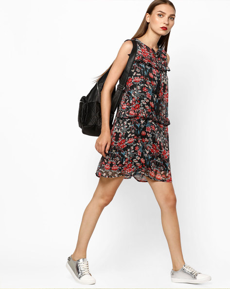 Floral Print Shift Dress With Ruffles By AJIO ( Black )