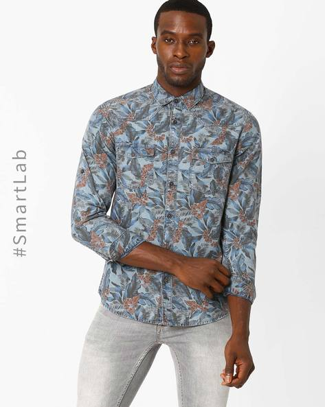 Floral Print Slim Fit Denim Shirt By AJIO ( Blue )