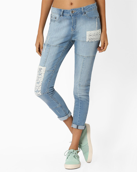 Panelled Lightly Washed Jeans By AJIO ( Lightblue )