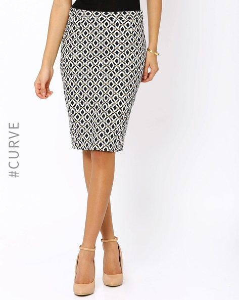 Printed Pencil Skirt By AJIO ( Black )