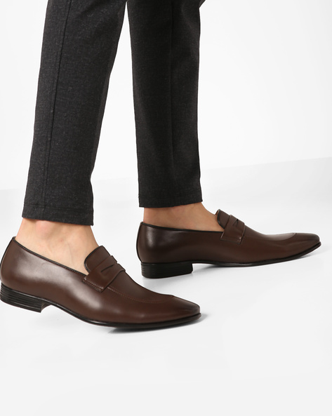 Slip-On Shoes With Stacked Heels By Modello Domani ( Darkbrown )