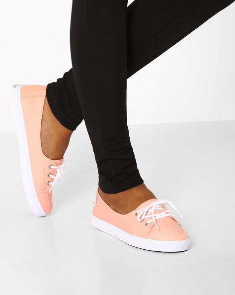 Palisades Low-Cut Slip-On Shoes By Vans ( Pink )