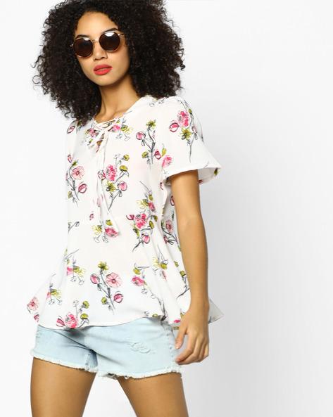 Floral Print Top With Tie-up Neckline By AJIO ( Pink )