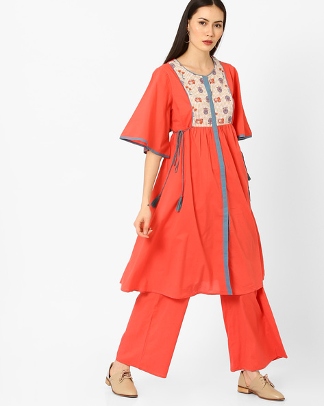 Flared Kurta With Tassel Tie-Up By AJIO ( Coral )