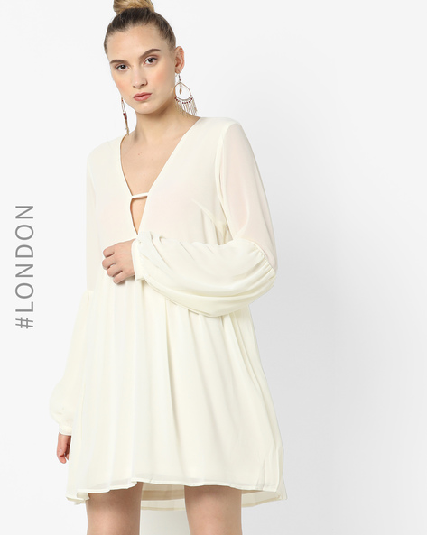 A-line Dress With Cut-Out Neckline By Glamorous ( White )