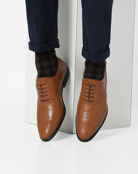 Lace-Up Shoes With Brouging By Bond Street By Red Tape ( Tan )