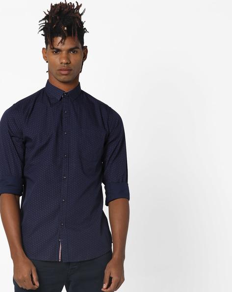 Printed Slim Fit Shirt By AJIO ( Red )
