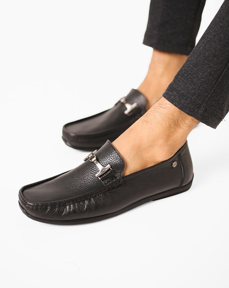 Textured Loafers With Metal Overlay By Carlton London ( Black )