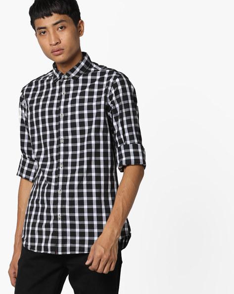 Slim Fit Checked Shirt By AJIO ( Black )