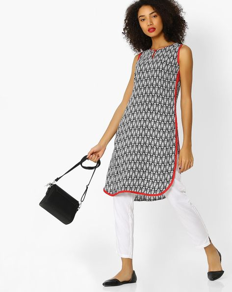 Printed Sleeveless Straight Kurta By Aaboli ( White )