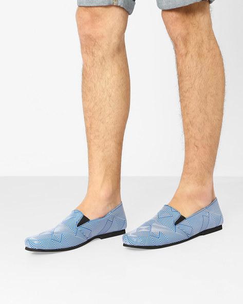 Geometric Print Slip-On Shoes By Funk ( Blue )