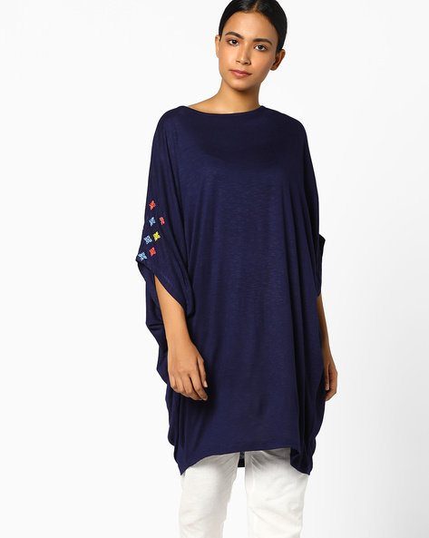 Tunic With Placement Embroidery & Dolman Sleeves By AJIO ( Navy )