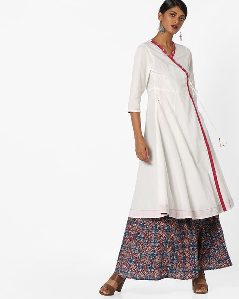 Angrakha Kurta With Tasselled Tie-Up By AJIO ( Ivory )