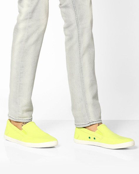 Canvas Slip-Ons With Contrast Eyelets By UNITED COLORS OF BENETTON ( Limegreen )