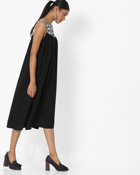 Shift Dress With Contrast Yoke By Desi Fusion ( Black )