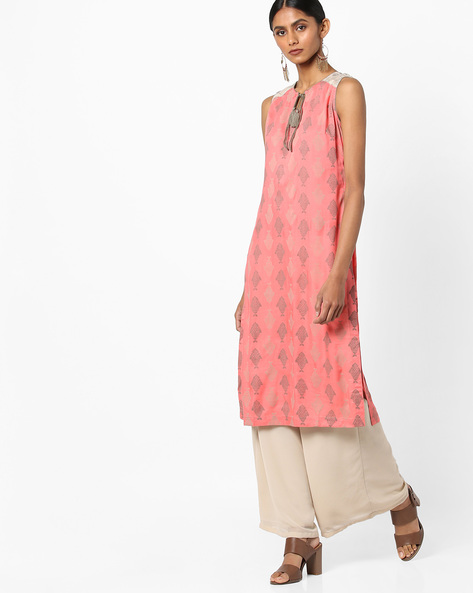 Printed Sleeveless Straight Kurta By AJIO ( Coral )