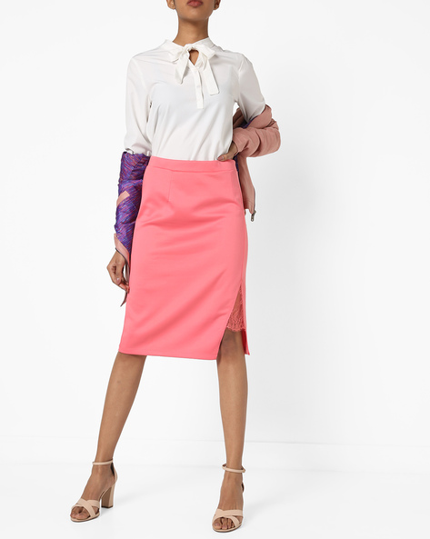 High-Rise Pencil Skirt With Side Slit By AJIO ( Peach )