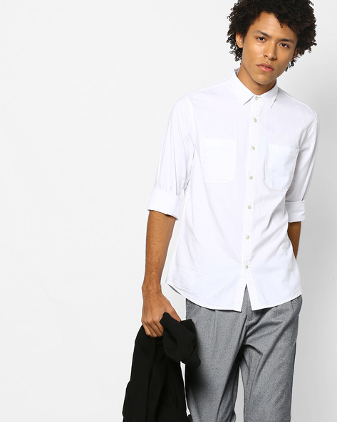Slim Fit Shirt With Patch Pockets By AJIO ( White )