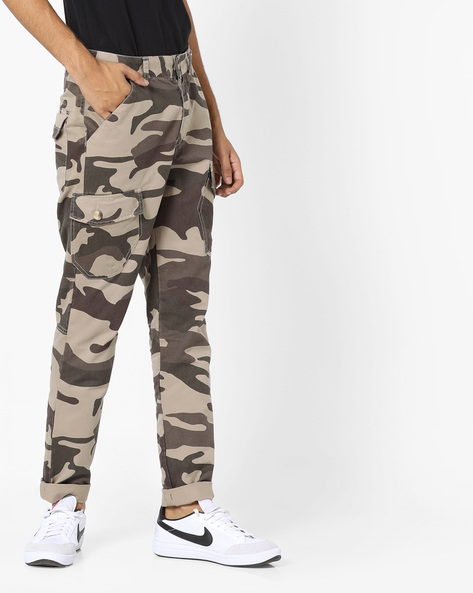 Camouflage Print Cargo Pants By AJIO ( Grey )
