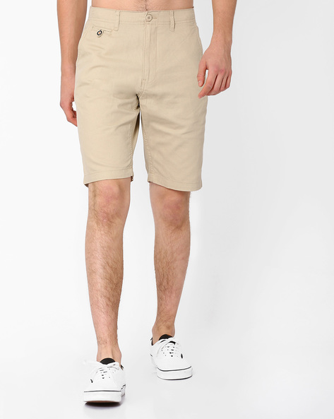 Mid-Rise Shorts With Slant Pockets By NETPLAY ( Beige )