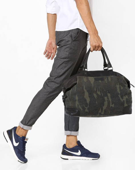 Camouflage Print Canvas Duffle Bag By JUSTANNED ( Green )