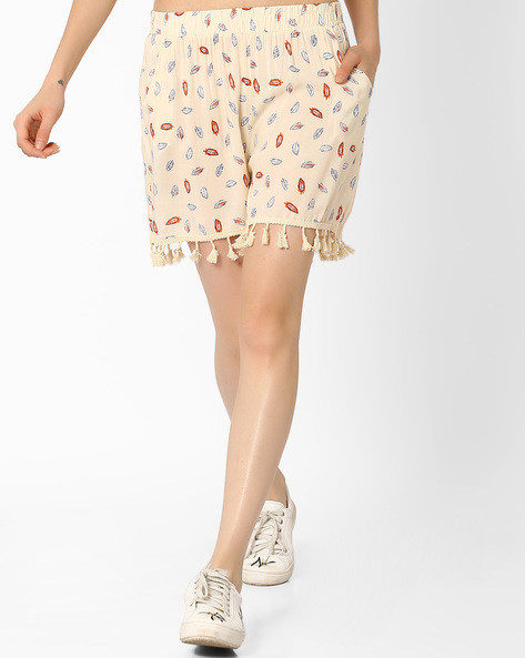 Printed Shorts With Tassel Trim By Ginger By Lifestyle ( Offwhite )
