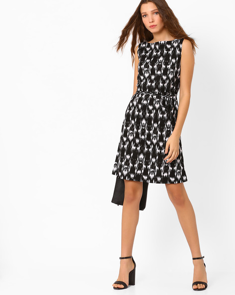 Printed Dress With Tie-Up By AJIO ( Black )