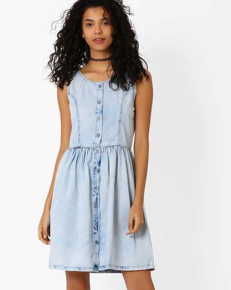 Denim Fit & Flare Dress By AJIO ( Lightblue )