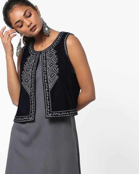 Embroidered Sleeveless Jacket By Melange By Lifestyle ( Blue )