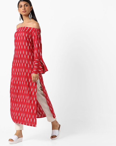 Printed Off-Shoulder Kurta With Bell Sleeves By AJIO ( Pink )