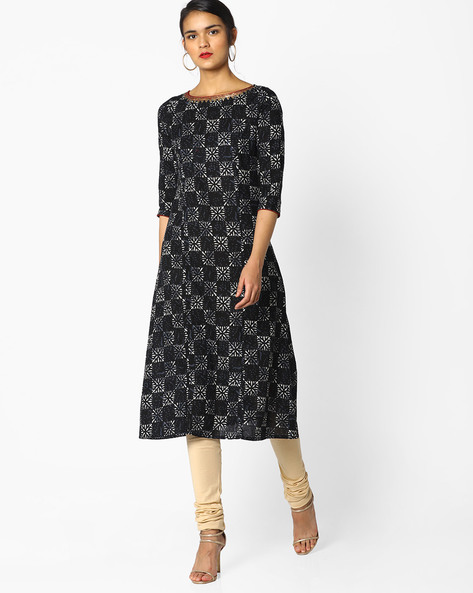 Printed Straight Kurta With Sequin Detail By AJIO ( Black )