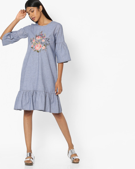 Shift Dress With Floral Embroidery By Tokyo Talkies ( Multi )