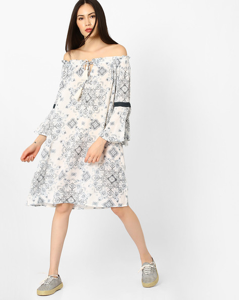 Printed Off-Shoulder Shift Dress By Rena Love ( Offwhite )