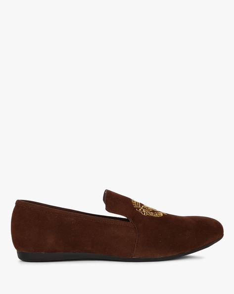 Low-Top Embroidered Loafers By ESCARO ( Brown )