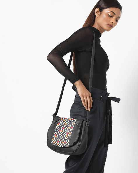 Printed Sling Bag By Toteteca ( Black )